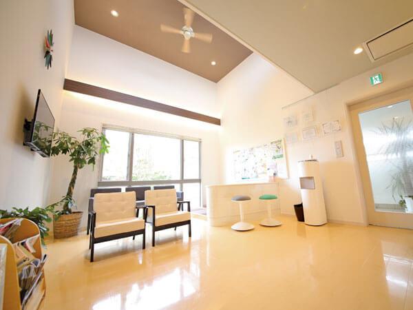 「えごし歯科医院」の待合室
